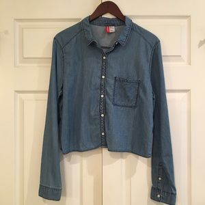H&M DIVIDED Denim Look Chambray Crop Button Down